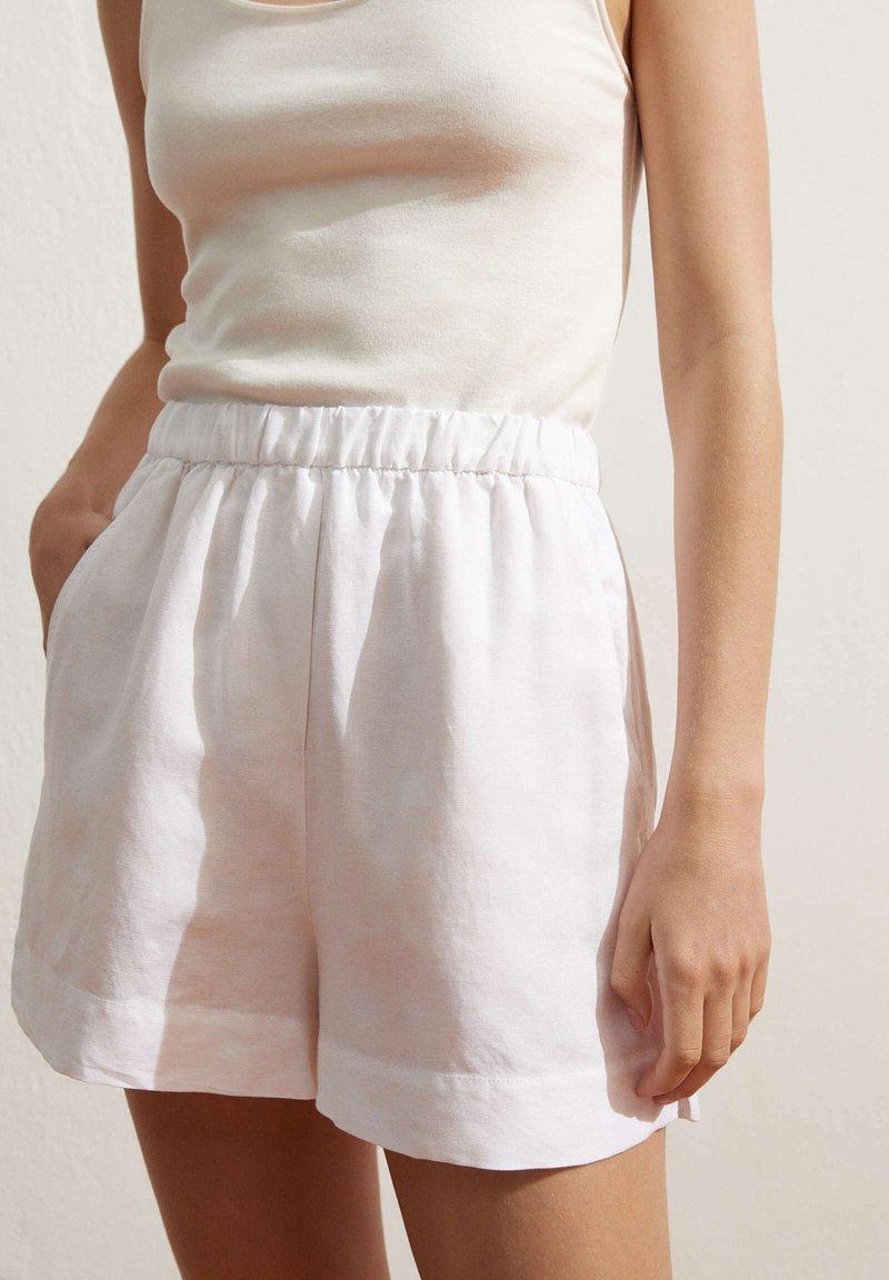 OYSHO - Shortsit - white