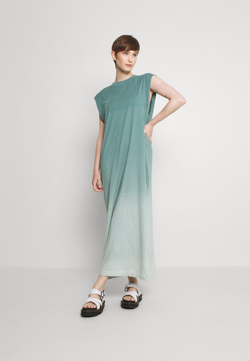 Weekday - LIA PRINTED DRESS - Jersey dress - green