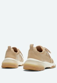Uterqüe - Sneakers laag - camel - 2
