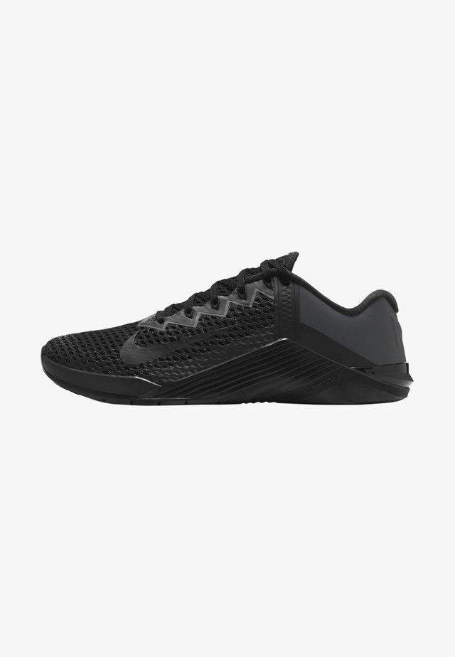 METCON 6 UNISEX - Gym- & träningskor - black