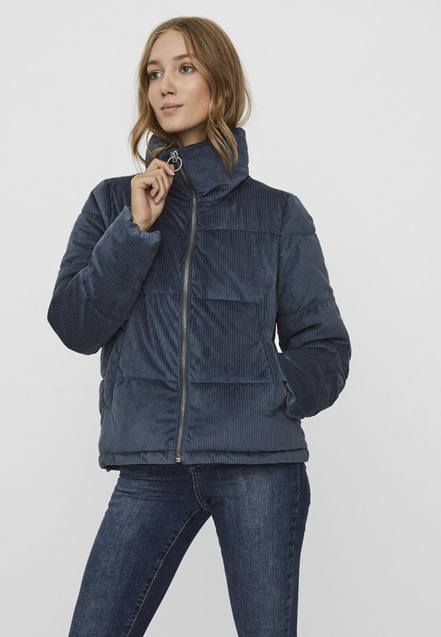 VMDEBBIENEW  - Winter jacket - ombre blue