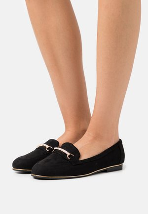WIDE FIT LEILA SNAFFLE LOAFER - Nazouvací boty - black