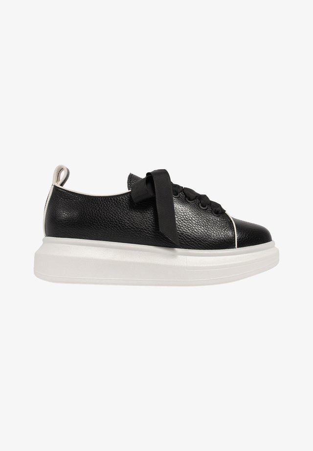 KEEP IT CASUAL - Sneakers laag - black