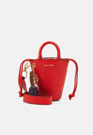 CECILIA SMALL TOTE - Handbag - loving orange