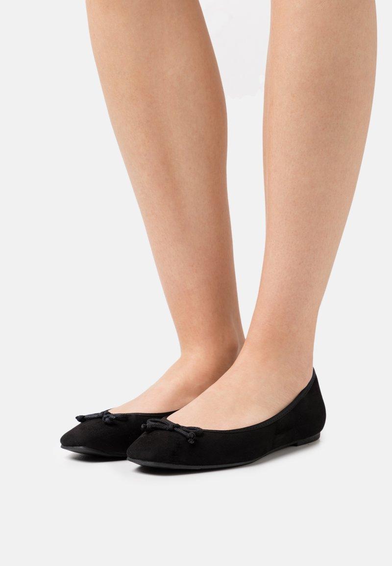 Marks & Spencer London - Ballerina's - black