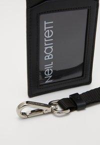 Neil Barrett - Wallet - black/white - 2