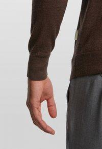 Van Gils - LONGSLEEVE - Polo shirt - dark brown - 4