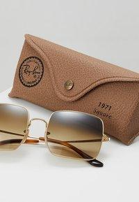 Ray-Ban - SQUARE - Sluneční brýle - gold-coloured - 2