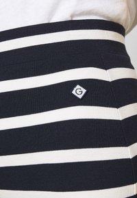 GANT - BRETON STRIPE SKIRT - Blyantnederdel / pencil skirts - evening blue - 5