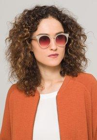 Komono - LULU - Sunglasses - pale blush - 0