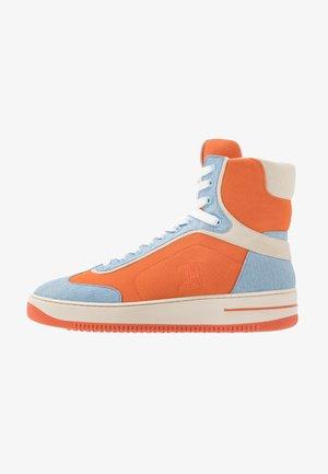 LEWIS HAMILTON MODERN HIGH TOP SNEAKER - Sneakers hoog - orange