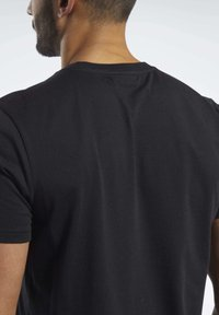 Reebok - TRAINING ESSENTIALS CLASSIC TEE - Basic T-shirt - black - 5