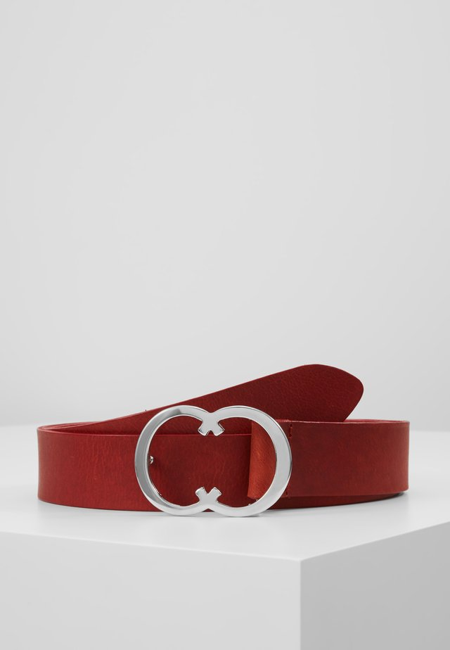 Belt - scarlet