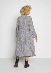 MY TRUE ME TOM TAILOR - PRINTED MIDI WRAP DRESS - Sukienka letnia - cream and black - 2