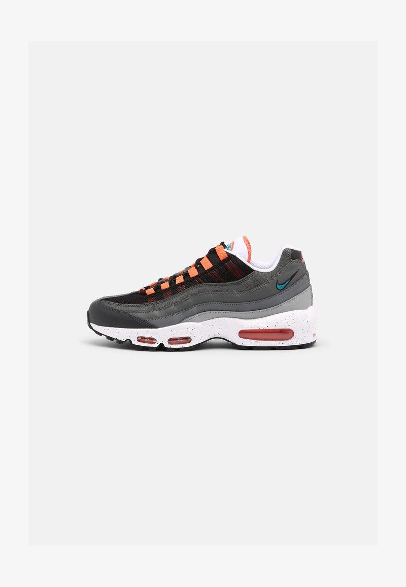 Nike Sportswear - AIR MAX 95 UNISEX - Sneakersy niskie - black/aquamarine/turf orange/white/anthracite/dark grey