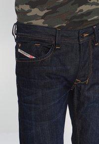 Diesel - LARKEE - Straight leg jeans - 83 - 3
