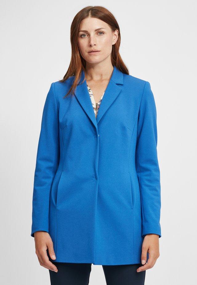 Krátký kabát - royalblau