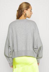 Nike Sportswear - CREW TREND - Sweatshirt - grey - 2