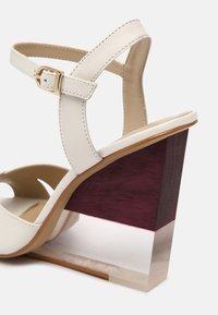 San Marina - VANILAN - Wedge sandals - ivoire - 5