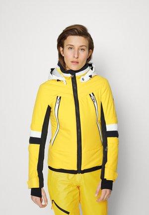 AYLA - Ski jas - yellow
