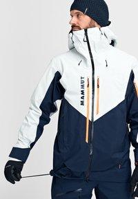 Mammut - Ski jacket - marine-bright white - 7