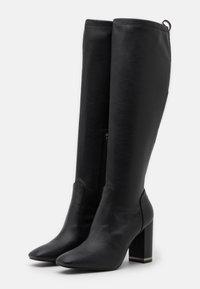 Guess - DARLENE - Stivali con i tacchi - black - 2
