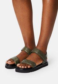 Billi Bi - Sandales - kaki - 0