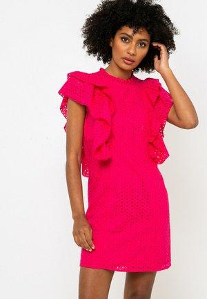 Robe fourreau - rose