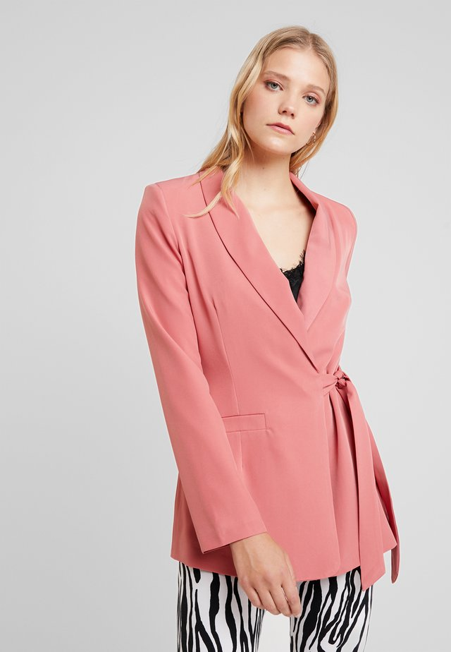 WRAP TAILORED - Blazer - dark rose