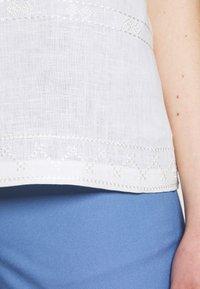 WEEKEND MaxMara - ORI - T-shirt con stampa - white - 5