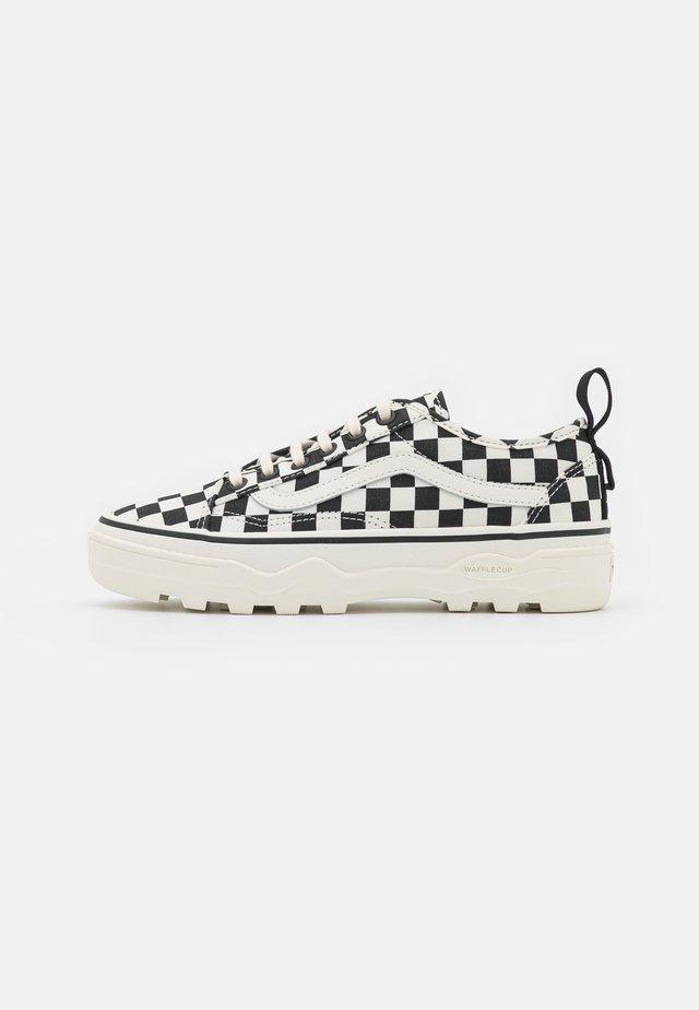 SENTRY OLD SKOOL - Sneakers - marshmallow/black