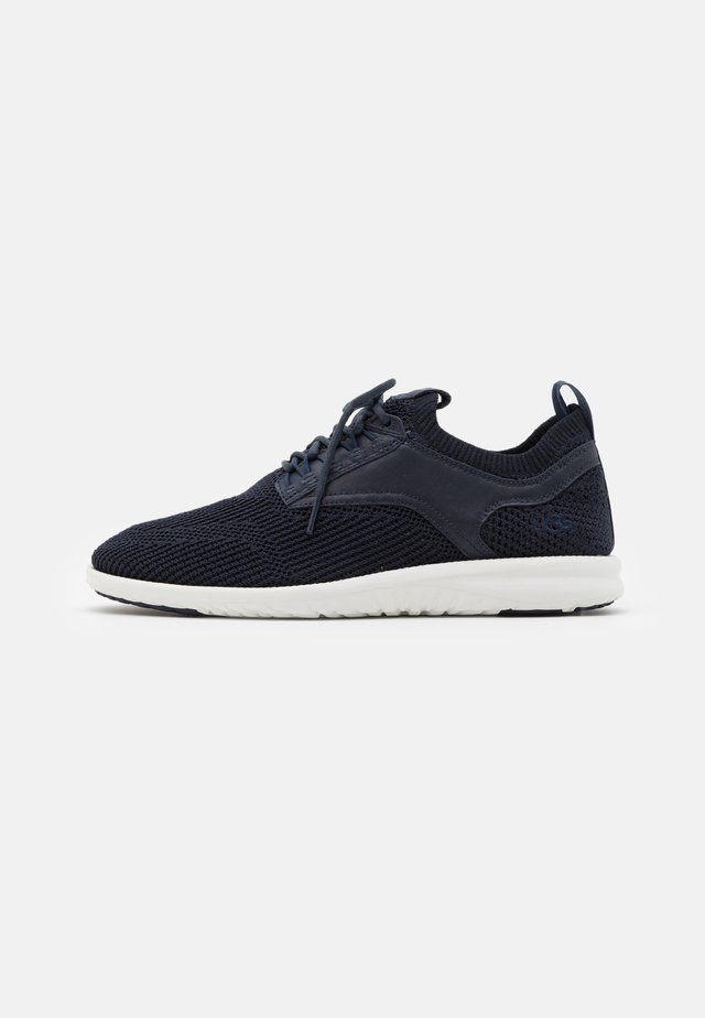 UNION TRAINER - Sneakers laag - dark sapphire hyperweave