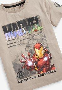 Next - MARVEL - Print T-shirt - off-white - 2