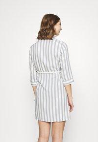 ONLY - ONLTAMARI DRESS - Shirt dress - cloud dancer/silver conce - 2