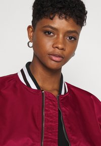 Alpha Industries - TIPPED - Bomber Jacket - major red - 3