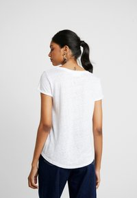 AMOV - ALMA TEE - T-shirt basic - white - 2