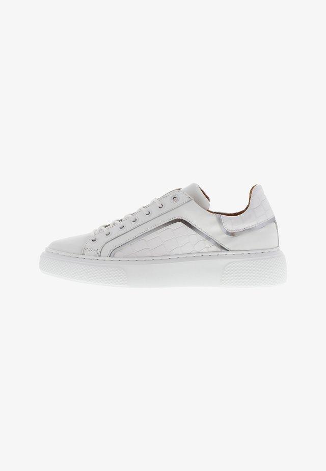 ALEX 8 - Sneakers laag - weiß
