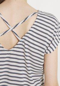 Vero Moda - VMALONA - Basic T-shirt - navy blazer/white - 4