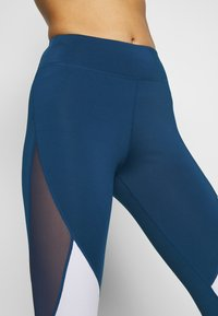 Even&Odd active - Leggings - dark blue/pink/light grey - 4