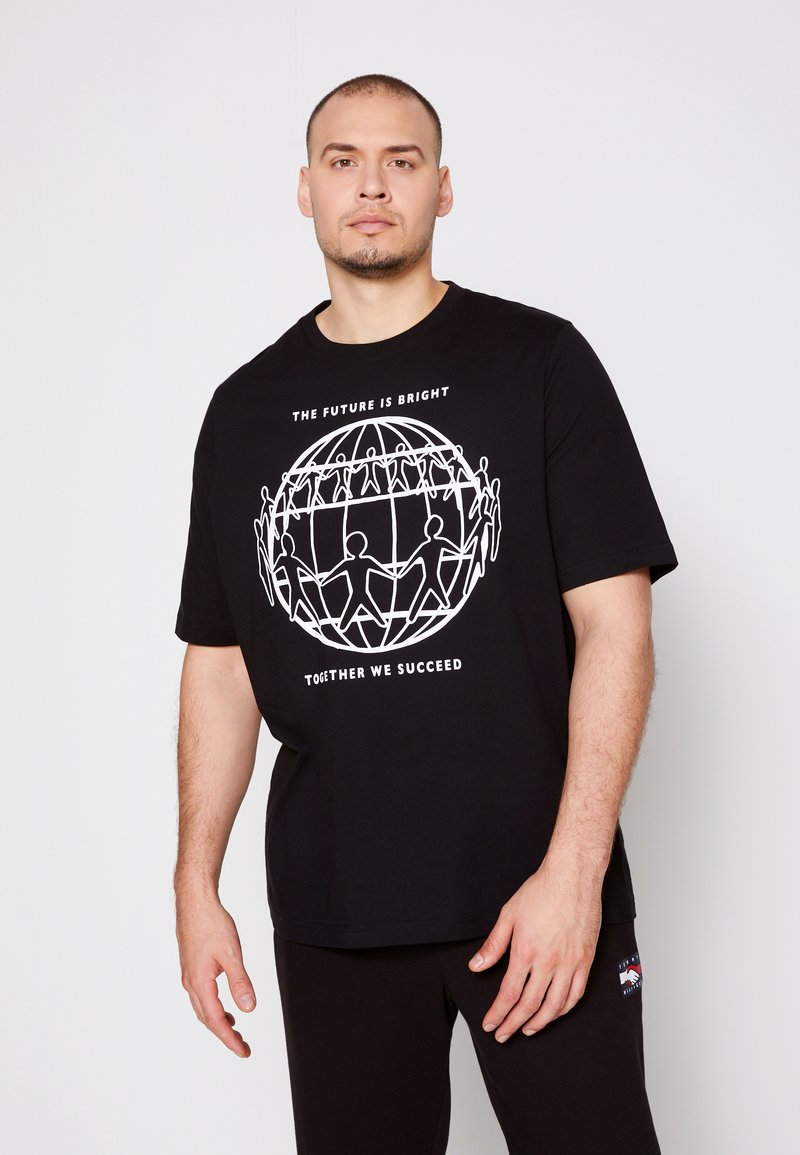 Tommy Hilfiger - ONE PLANET FRONT LOGO TEE UNISEX - Print T-shirt - black