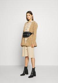 Vila - Košilové šaty - beige - 1