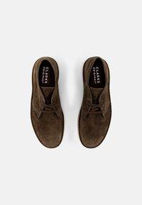 Clarks Originals - DESERT COAL - Casual lace-ups - olive - 3