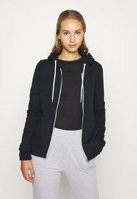 Even&Odd - Regular Fit Zip Sweat Jacket Contrast Cord - Hettejakke - black - 0
