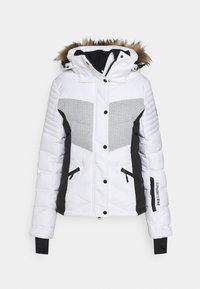 Superdry - SNOW LUXE PUFFER - Skijakke - white - 8