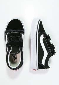 Vans - OLD SKOOL  - Sneakers laag - black/true white - 1