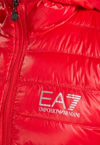 EA7 Emporio Armani - JACKET - Dunjakker - racing red - 4