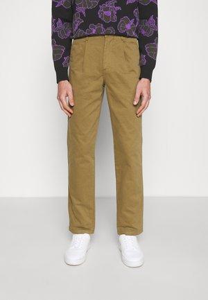 BROOK - Chino - burnt khaki