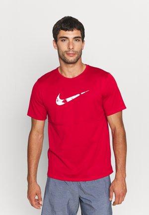 RUN - T-shirt print - gym red