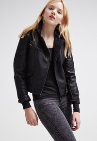 Zalando Essentials - 2 PACK - Long sleeved top - black/black - 4