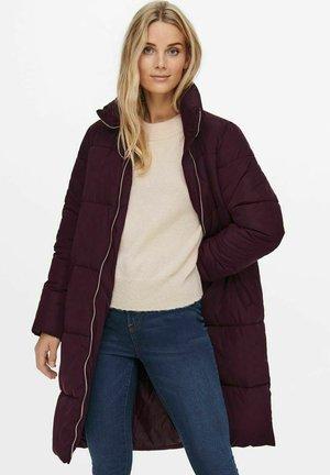 Winter coat - winetasting